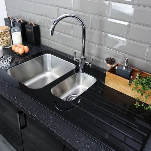 سینک های شیشه ای و مدرن آشپزخانه